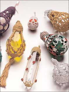 crochet around light bulbs - makes Christmas ornaments, pears for a basket, suncatchers, whatever you can think of! You can add beads, tassels etc too! LOVE this idea! AND a great way to recycle!