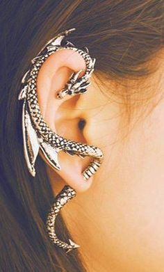 Ear cuff dragon  ~Aline