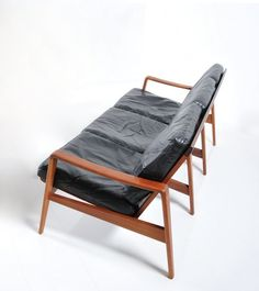 Arne Wahl Iversen; Teak And Leather Sofa For Komfort, C1960.
