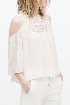 Lace Spliced 3/4 Sleeve Cut Out Blouse