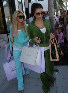 Velour tracksuit empire juicy couture up for sale after years of declining revenues - 2019 2000s Fashion Trends, Early 2000s Fashion, 90s Fashion, Fashion Outfits, Juicy Tracksuit, Juicy Couture Tracksuit, Kim Kardashian, 00s Mode, Mode Vintage