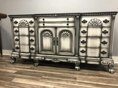 Maybe something like this for end tables I eventually find… Maybe something like this for end tables I eventually find… – Mobilier de Salon Hand Painted Furniture, Distressed Furniture, Funky Furniture, Refurbished Furniture, Paint Furniture, Repurposed Furniture, Unique Furniture, Furniture Projects, Furniture Makeover