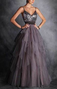 New Style Spaghetti Straps Prom Dress,Tulle Sequins Layered Evening Dress,Sleeveless Party Dress