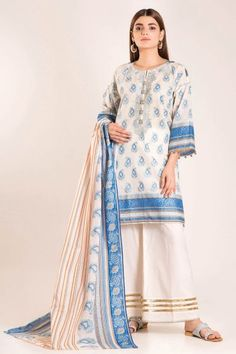 Front And Sleeve Lawn Print Embroidered Back Lawn Printed Lawn Printed Dupatta Best Designer Suits, Pakistani Suits, Brownie Cupcakes, Latest Trends, Duster Coat, Kimono Top, Cover Up, Autumn, Trending Outfits