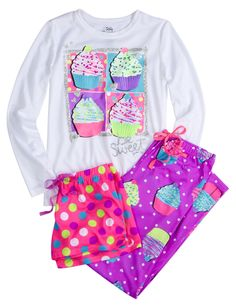 10a2c440873a 3 Piece Scented Cupcake Pajama Sleep Set