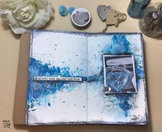 I love this MoodBoard, I love all shades of blue, I love the art journal; in this project I have combined all this! Distress Oxides, Distress Ink, I Wait For You, Texture Paste, Gel Pens, Tim Holtz, Hello Everyone, Mixed Media Art, Shades Of Blue