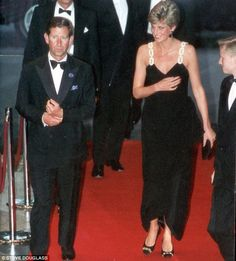 """July 22 1991 Charles & Diana attended a premiere of """"Backdraft"""" at the Empire Theatre in Leicester Square"""
