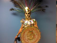 Vestuario Azteca  Bailarin : Cesar Aburto Mexican, Ballet, Traditional, Christmas Ornaments, Holiday Decor, Home Decor, Viva Mexico, Dressing Rooms, Dancing Girls