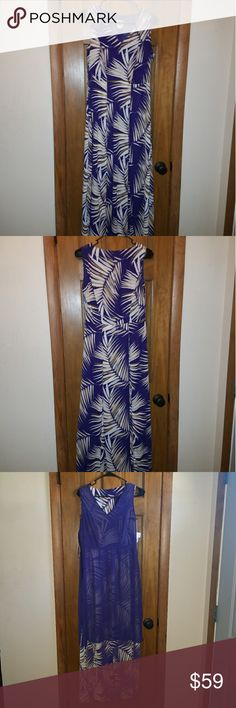 Anne Klein maxi dress size 6 Anne Klein  multi color leaf print maxi dress.  Sleevless. Back ground is purple. Purple lining of approx 3/4 of the length. Side zipper. Wore once and haven't had the chance to wear since. One flaw: missing it's belt. Anne Klein Dresses Maxi