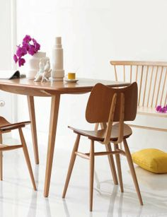 . Ercol . 401 Butterfly chair . Lucian Ercolani . England #domesticoshop #ercol http://decdesignecasa.blogspot.it