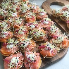 Tapas Recipes, Gourmet Recipes, Real Food Recipes, Gourmet Appetizers, Fingerfood Party, Scandinavian Food, Health Dinner, Snacks Für Party, Fish And Seafood