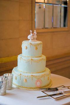 フランス屈指の高級菓子店*『ラデュレ』の世界観で統一された結婚式が素敵♡にて紹介している画像