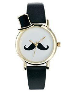 Reloj con bigote y sombrero de copa en el exterior de ASOS