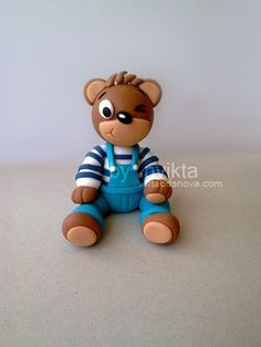 Barni bear cake topper