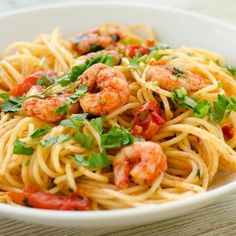 This is a loose interpretation of the Italian classic, Spaghetti alle Vongole but felt we had to call it Italian Seafood Pasta as we've changed it a lot. Italian Recipes, Mexican Food Recipes, Healthy Recipes, Ethnic Recipes, Seafood Pasta, Shrimp Pasta, Shrimp Spaghetti, Butter Shrimp, Cajun Shrimp
