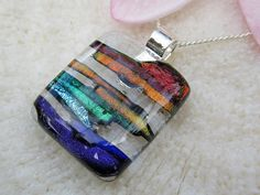 Multicolor dichroic fused glass pendant por FoxWorksStudio en Etsy, $30.00