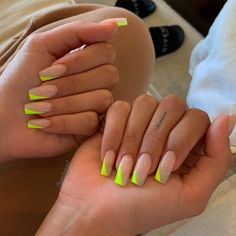 French Nail Art, French Tip Nails, Nails French Design, Neon French Manicure, Aycrlic Nails, Neon Nails, Manicures, Neon Nail Art, Kylie Nails