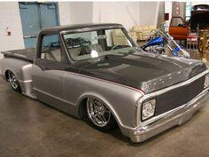 custom paint jobs on chevy pickups Hot Rod Trucks, Mini Trucks, Gm Trucks, Cool Trucks, Pickup Trucks, 67 72 Chevy Truck, Chevy C10, Chevy Pickups, Chevrolet Trucks