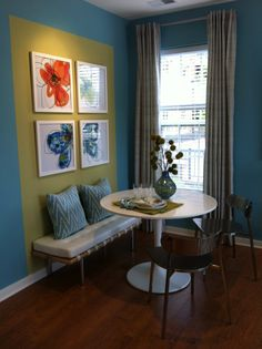 Cool Affordable Dining Room Design Ideas For Small Space Small Dining Room Furniture, Dining Room Furniture Inspiration, Tiny Dining Rooms, Small Dining Area, Dining Room Wall Decor, Dining Room Design, Room Decor, Furniture Ideas, Glass Furniture