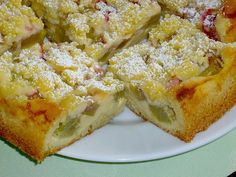 Rhabarberkuchen mit Quarkcreme und Streuseln Rhubarb cake with quark cream and crumble, a very delicious recipe from the cakes category. Baking Recipes, Dessert Recipes, Desserts, Buckwheat Cake, Rhubarb Cake, Gateaux Cake, Rhubarb Recipes, Savoury Cake, Clean Eating Snacks
