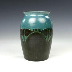 W.C. Brouwer - Marco Lagerweij - 20th century decorative arts Picture Sizes, Dutch, Art Decor, Pottery, Vase, School, Ceramica, Dutch Language, Pottery Marks