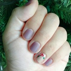 #NailArt #NailPolish #Nails #adictasalosesmaltes #ColorClub #Essie #EssieFan