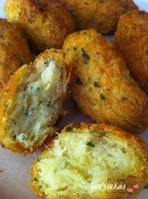 Cod Fish Recipes, Seafood Recipes, Bacalhau Recipes, Easy Cooking, Cooking Recipes, Savoury Finger Food, Food Porn, Best Bread Recipe, Portuguese Recipes