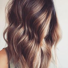 Rich ombré ⭐️. These chocolatey tones are giving us all the #maneenvy today. Thanks for the mid-length inspo, @mikaatbhc . #weekendhaircrush #hairgamestrong #hairinspo #haircrush #hairgoals #hairgame #manegoals