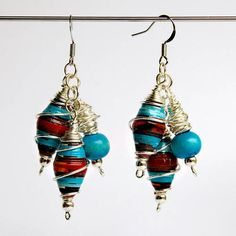 Paper bead earrings...who knew they could be so pretty?
