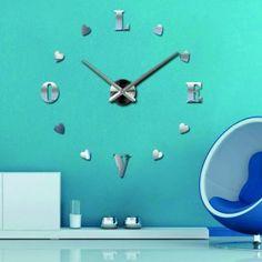 Veľké nástenné hodiny modrá láska . Zrkadlové farba strieborná .