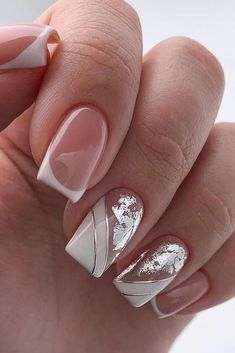 On average, the finger nails grow from 3 to millimeters per month. If it is difficult to change their growth rate, however, it is possible to cheat on their appearance and length through false nails. Are you one of those women… Continue Reading → Bridal Nails, Wedding Nails, Wedding Bride, Rose Wedding, French Nails, Pinterest Nail Ideas, Crome Nails, Foil Nails, Nail Decorations