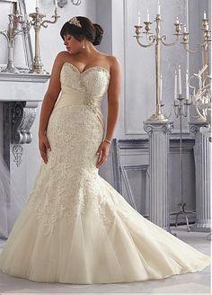 Stunning Tulle Sweetheart Neckline Raised Waistline Mermaid Plus Size Wedding Dress With Lace Appliques