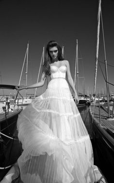 GALIA LAHAV WEDDING DRESS 2013 /2014 COLECTION Again, awesome, but totally impractical!