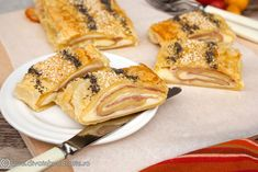Ham and Cheese Strudel Romanian Food, Ham And Cheese, Strudel, French Toast, Good Food, Appetizers, Dishes, Breakfast, Ethnic Recipes