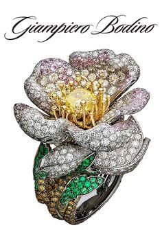Giampiero Bodino's Primavera necklace blossoms with apple-tree flowers