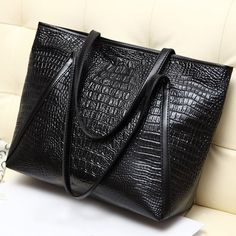 2016 New high quality leather crocodile pattern handbags women fashion 4  colors shoulder bags easy matching for valentines 4435589e84