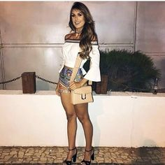 "1,365 Likes, 38 Comments - A Feminina B (@afemininab_) on Instagram: ""Fim de tarde ❣️ Look Perfeito. Gostaram?"""