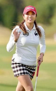 Incredible Stylish Women's Golf Clothing Ideas. Ravishing Stylish Women's Golf Clothing Ideas. Girl Golf Outfit, Cute Golf Outfit, Girls Golf, Ladies Golf, Womens Golf Wear, Golf Skirts, Golf Player, Golf Tips For Beginners, Golf Training