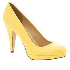 Magasinez JANES, chaussures plateformes pour femmes chez Spring Chaussures. Livraison gratuite!