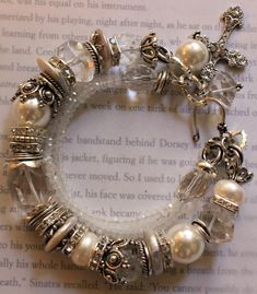 chunky charm bracelet  pearl bracelet wedding by soulfuledges, $67.00