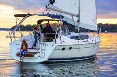 NEW Marlow Hunter 33 - Hunter Sailboats