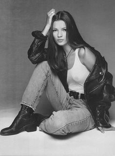 Kate Moss #leatherforever #styleicon #90s