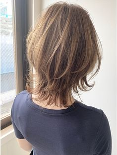 Pin on ウルフボブ Short Thin Hair, Short Grey Hair, Medium Hair Styles, Short Hair Styles, Bushy Eyebrows, Shoulder Length Hair, Love Hair, Hair Today, Hair Dos