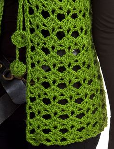 Mary Kate Vest - Patterns | Yarnspirations
