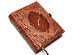 Check out this item in my Etsy shop https://www.etsy.com/listing/235951747/brown-leather-journal-antique-style