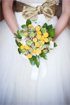 billy button bouquet and gold bow