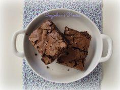 BROWNIE DUPLO de CHOCOLATE e AVELÃS Receita aqui: http://cozinharehpreciso.blogspot.com.br/2014/01/brownie-duplo-de-chocolate-e-avela.html