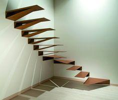 Escalera acero corten, de Marretti