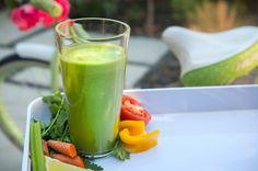Quick weight loss diets need healthy support. This healthy smoothie recipe is packed with low glycemic foods
