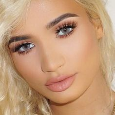 pia-mia-perez-makeup-22